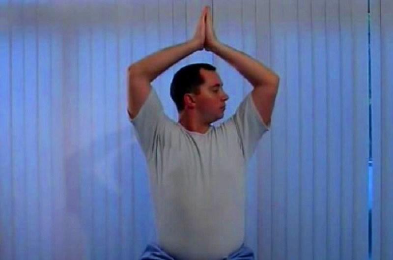 Факир - упражнение за кръста и врата от МЕДИ СИ ПЛОВДИВ ЕООД